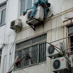 This Ridiculous World Guide: China - The High Rise Worker Troupes
